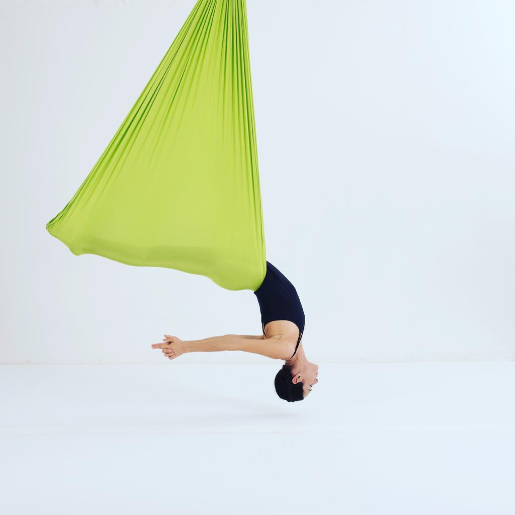 Mama Baby Aerial Yoga ab 7.11.